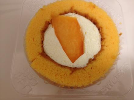 プレミアム メロンのロールケーキ